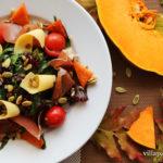 Салат з хамоном та печеним гарбузом